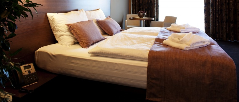 bedroom 3.6.jpg